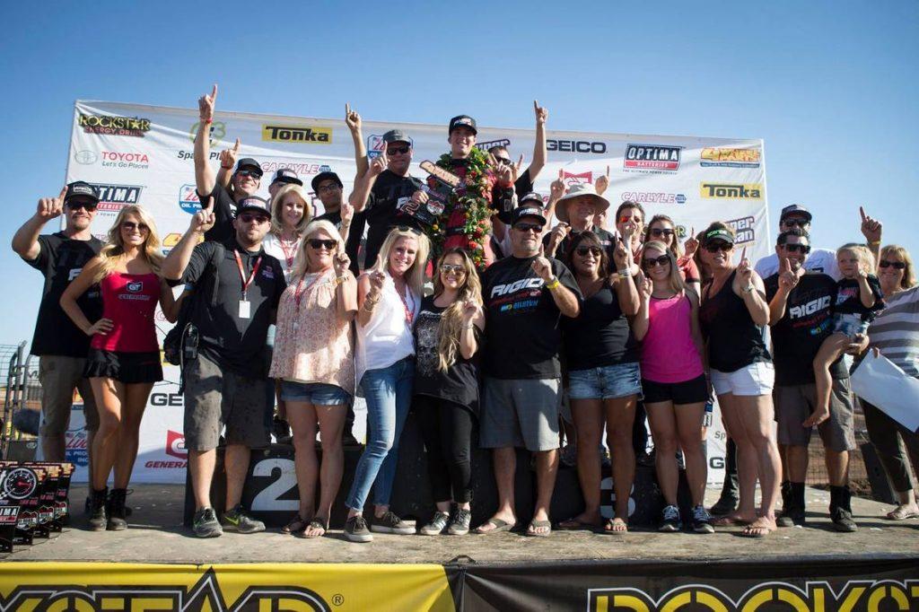 The Jarett Brooks Racing crew