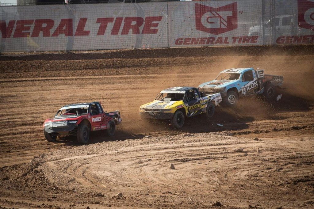 Jarett Brooks leading the pack in the Lucas Oil Off-Road Racing Pro Lite Challenge Cup