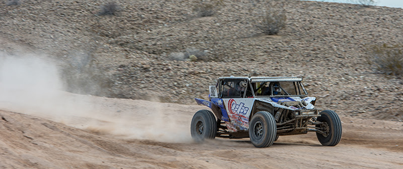 Staggs kicks up dust during Parker 250