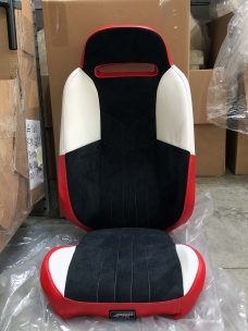 Suspension seat for Slingshot in black, red and white