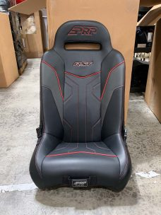CSS-402 RST Suspension Seat Rear Single in Black and Red